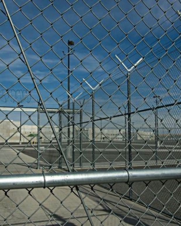 Feds Continue To Renew Contracts With Private Prisons Promo Image