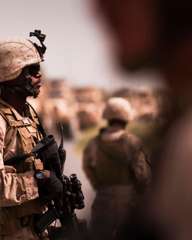 400 Marines Enter Syria Promo Image