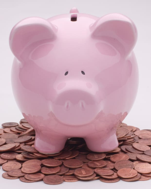 7 In 10 Americans Have Less Than $1,000 In Savings Promo Image