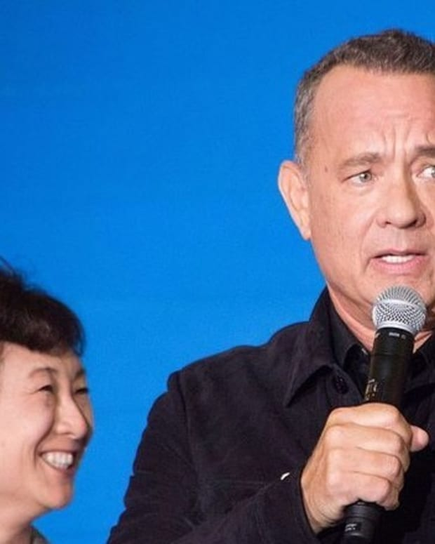 Tom Hanks Reveals He Got 'Screwed' On Obamas' Vacation, Gives Intimate Details  Promo Image