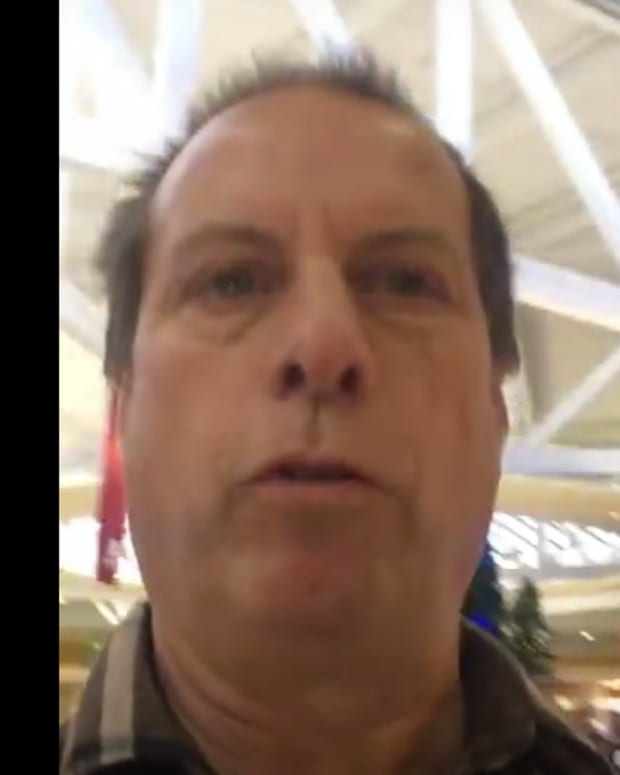 Pastor Tells Kids At Mall: There Is No Santa (Video) Promo Image