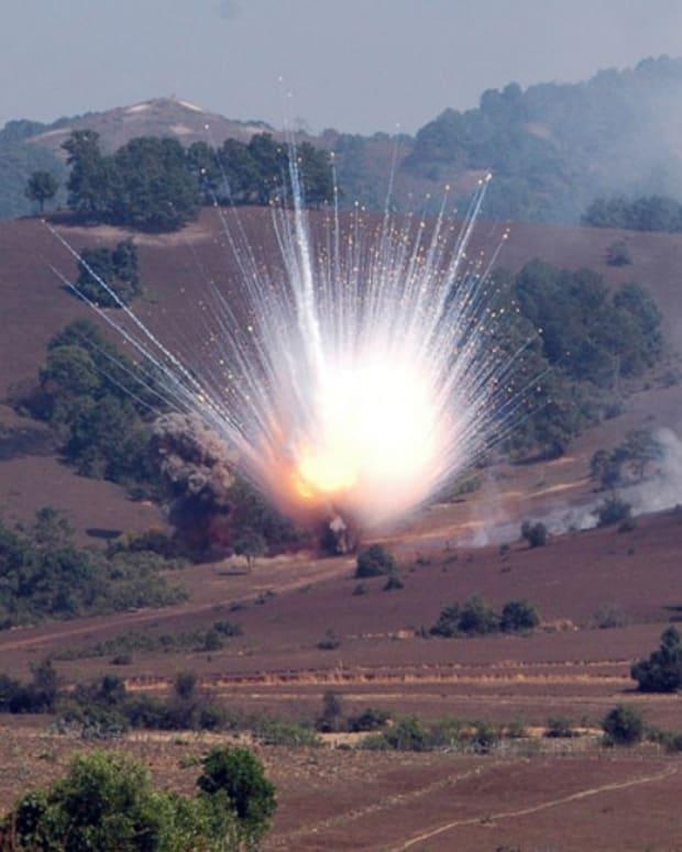 General: US-Led Coalition Used White Phosphorus In Iraq Promo Image
