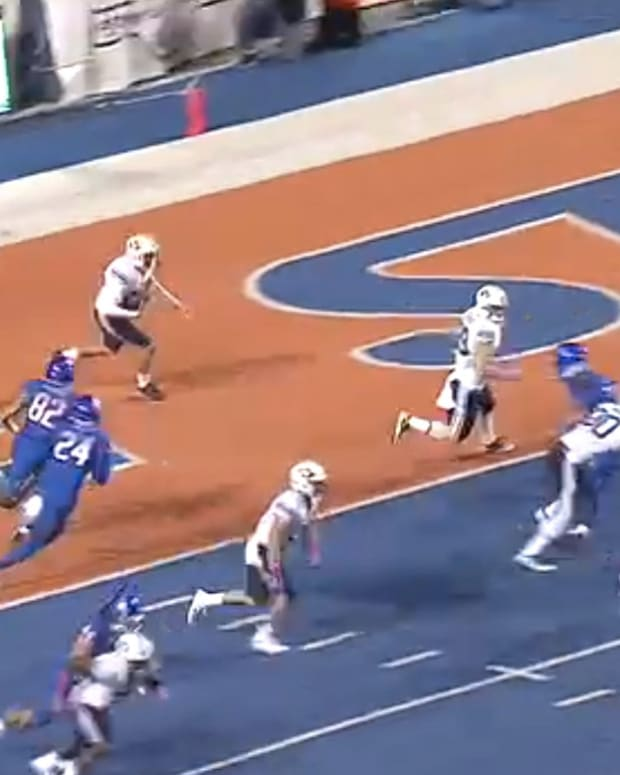 BYU Tries Fake Punt, Disaster Follows (Video) Promo Image