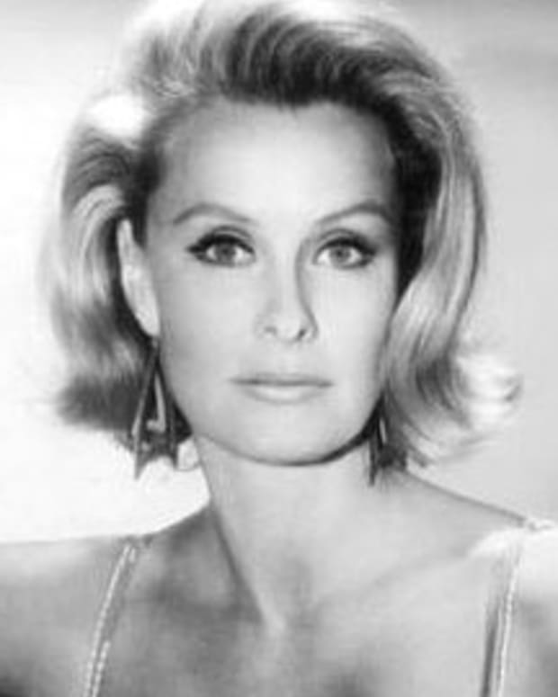 Actress Dina Merrill Dies At 93 Promo Image