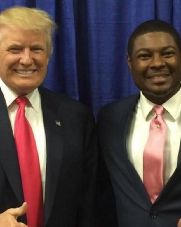 Trump's Florida Black Outreach: Campaign Ignores Blacks Promo Image