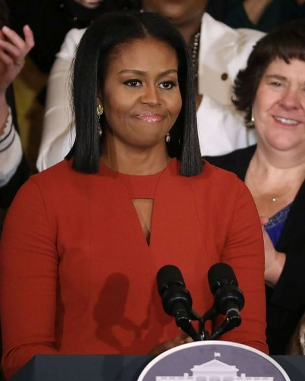 People Notice One Thing About Michelle Obama's Dress Promo Image