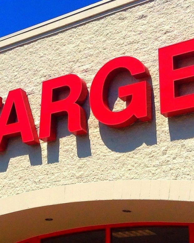 Officers Issue Target Gift Cards Instead Of Tickets Promo Image