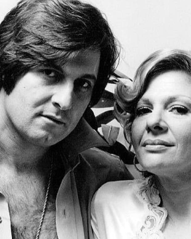 'My Favorite Year' Actor Joe Bologna Dead At 82 Promo Image