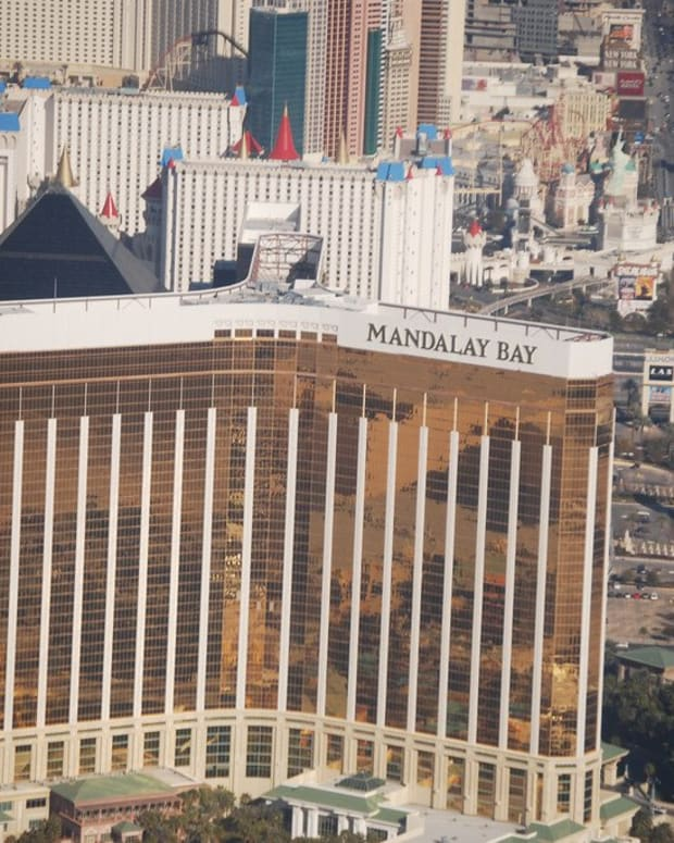 Coroner's Report Shows Stephen Paddock Killed Himself Promo Image