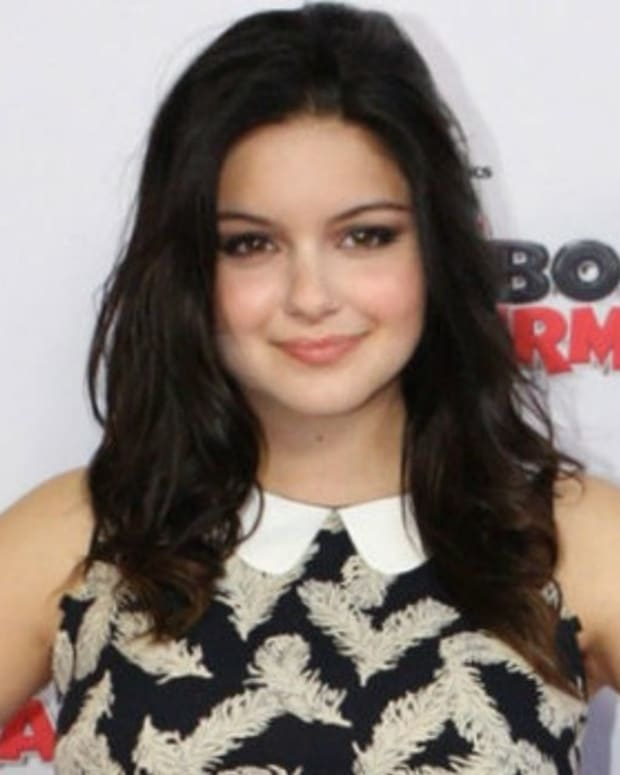 Ariel Winter Criticized For Dressing Provocatively (Photos) Promo Image