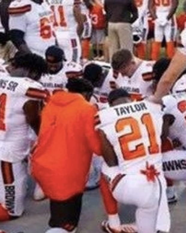 After Cleveland Browns Protest National Anthem, Police Get Their Revenge Promo Image