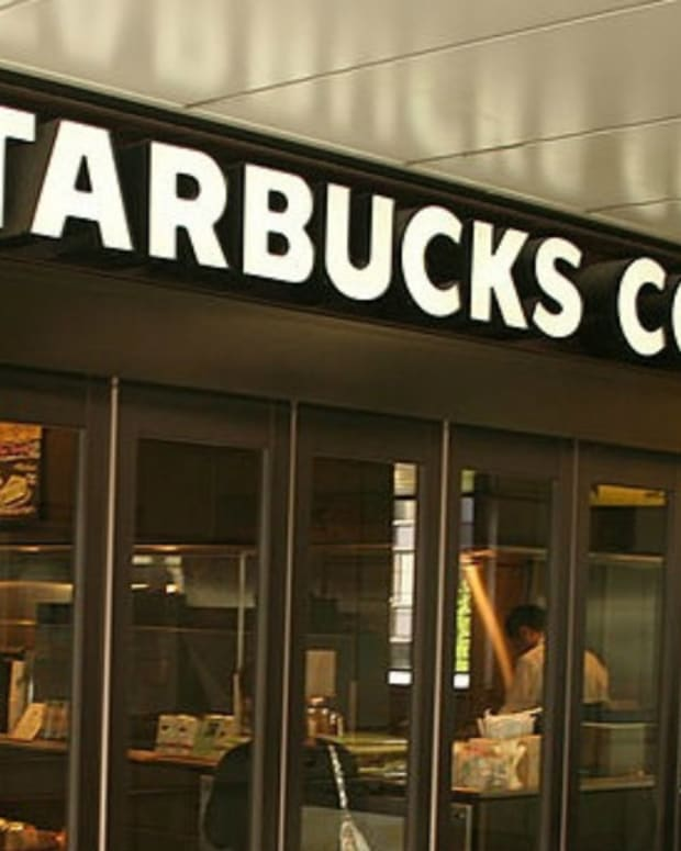Starbucks Baristas Mock Trump-Supporting Customer (Photos) Promo Image