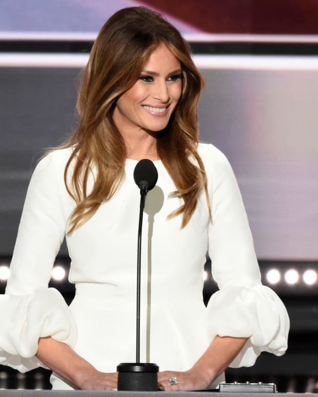 Experts Say Melania Trump Had Plastic Surgery (Photos) Promo Image