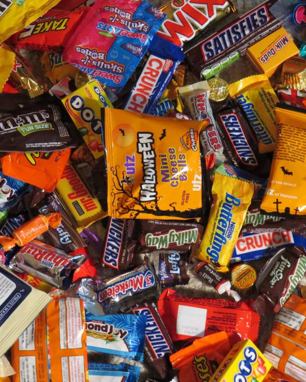 Boy Claims To Have Bit Needle In Candy Bar (Photo) Promo Image