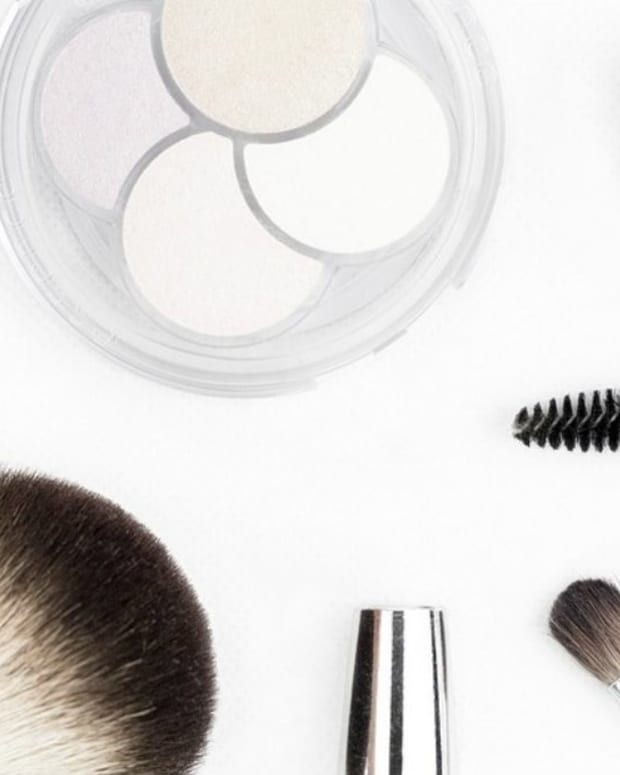 Mom Faces Backlash Over 3-Year-Old's Makeup 'Obsession' (Photos) Promo Image