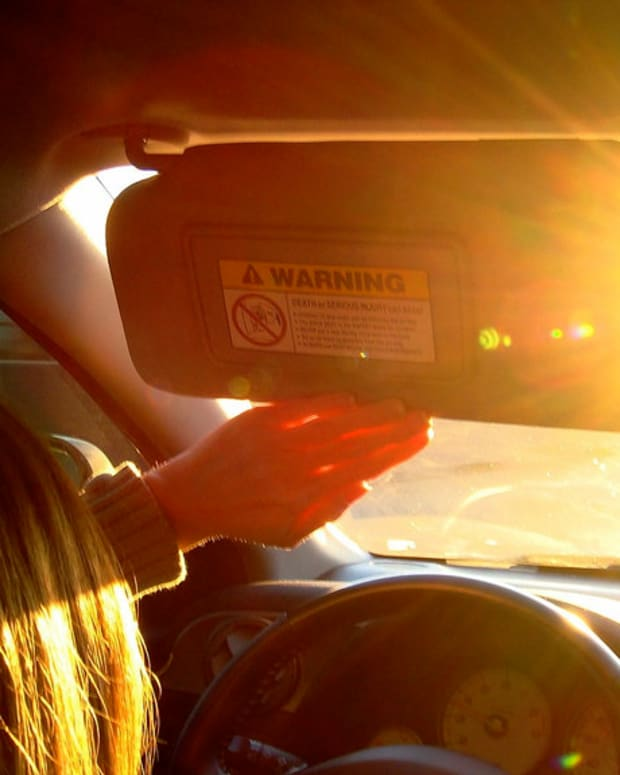 Cop Scolds Woman For Leaving Kids In Hot Car (Video) Promo Image