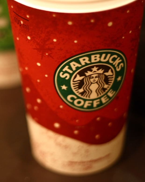 Starbucks Accused Of 'Gay Agenda' Over Holiday Cups (Photos) Promo Image