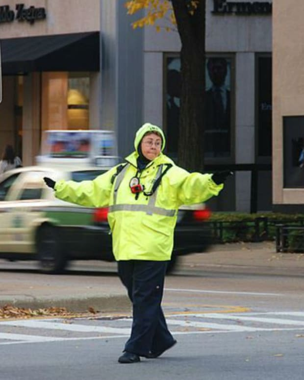 Crossing Guard Saves Child From Kidnapping (Photo) Promo Image