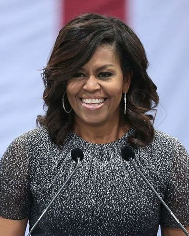 Michelle Obama Slammed For High-Slit Skirt (Photo) Promo Image