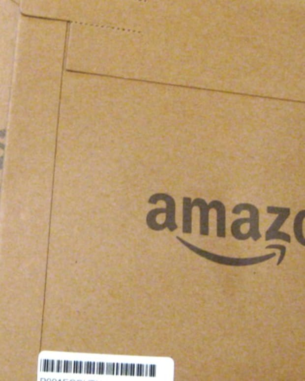 Report: Amazon Gets Cheap Post Office Delivery Prices  Promo Image