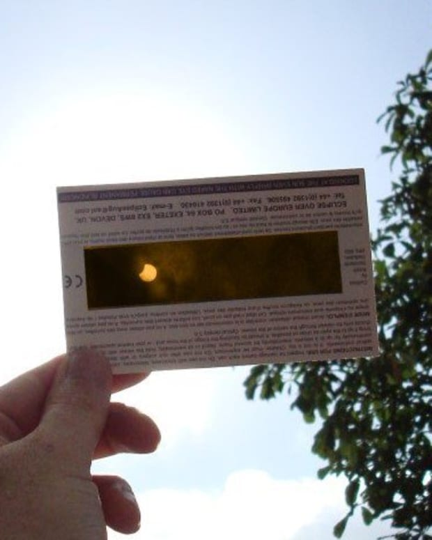 Scientists Warn Public About Fake Solar Eclipse Glasses Promo Image