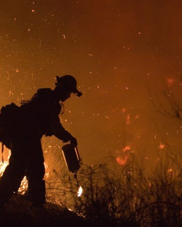 California Wildfire's Death Toll Reaches 21 Promo Image
