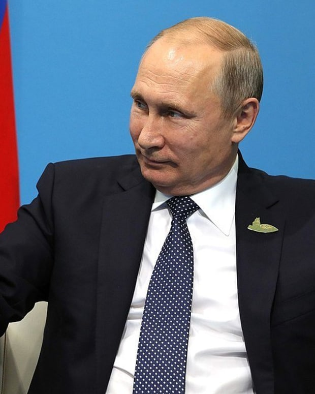 Putin Announces He Will Run For Fourth Term Promo Image