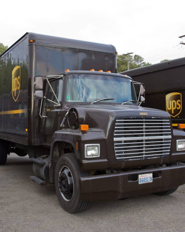UPS Driver Accidentally Traps Man In His Apartment (Photo) Promo Image