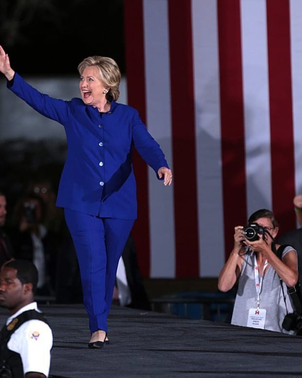 Clinton Cautions Over Impact Of Artificial Intelligence Promo Image