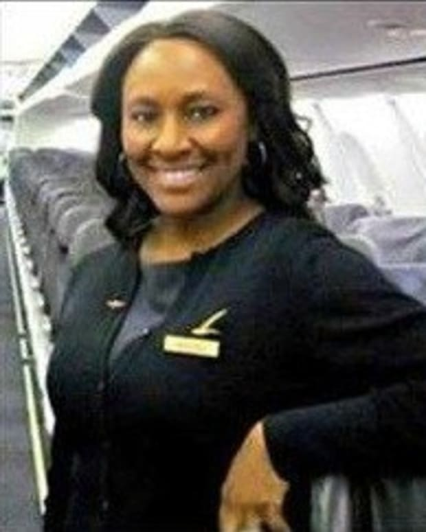 Flight Attendant Sees Girl Covered In Dirt On Plane, Outraged By What's In Seat Next To Her Promo Image