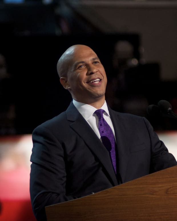 Cory Booker Files Bill To Legalize Marijuana Nationwide Promo Image