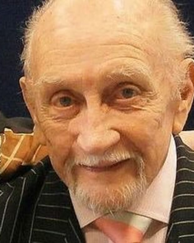 'Game Of Thrones' Actor Roy Dotrice Dead At 94 Promo Image