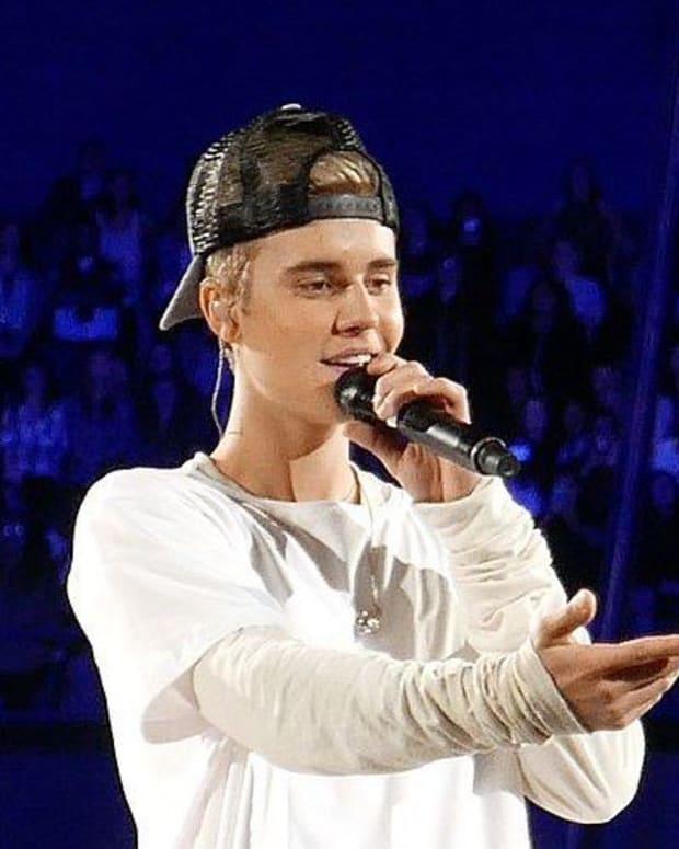 Photo Of Shirtless Bieber Reading Bible Goes Viral (Photo) Promo Image