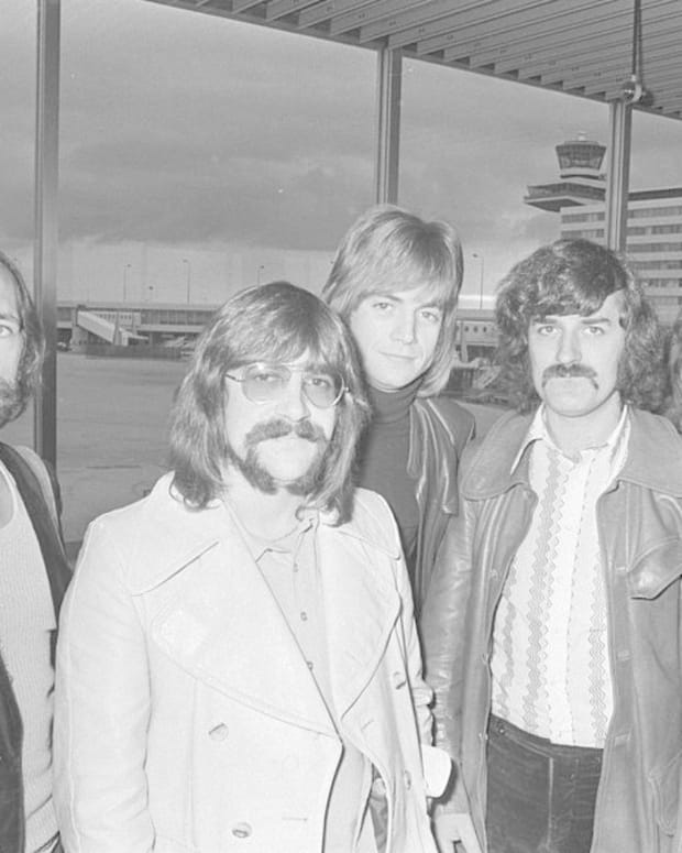Moody Blues Founder Ray Thomas Dies Aged 76 Promo Image