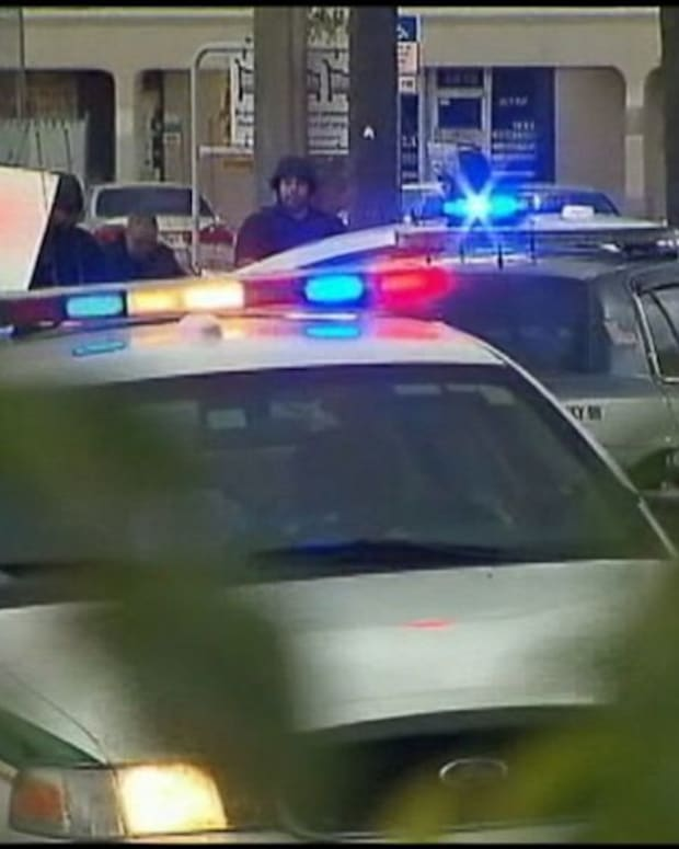 Florida apartment shootings