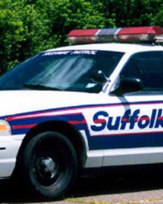 Suffolk police car