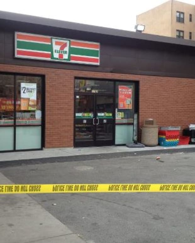 Hero 7-Eleven Clerk in the Bronx Saves Customers from Gunfire