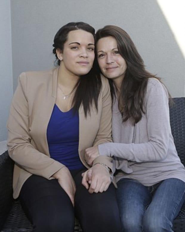Manon and Sophie Serrano.