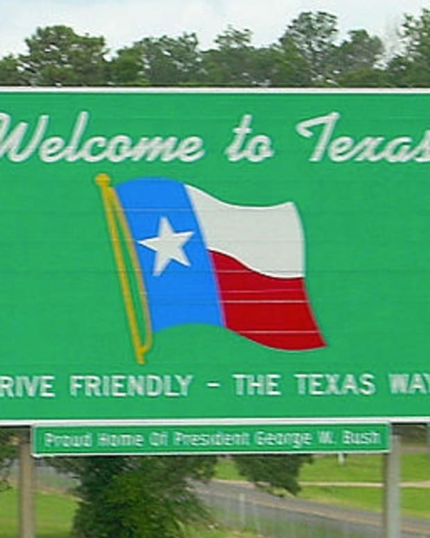 welcometotexassign_featured.jpg