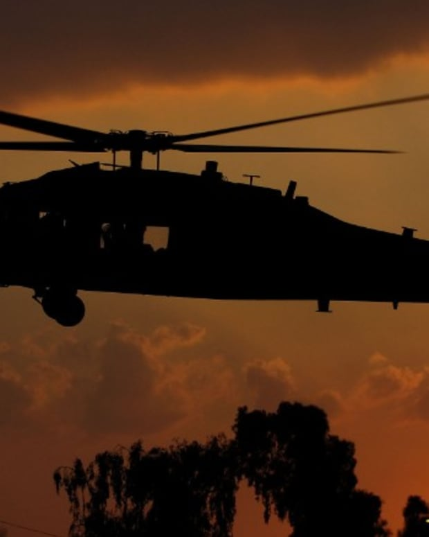 armyblackhawkdownhelicopter_featured.jpg