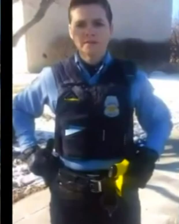 minneapolispoliceofficer_featured.jpg