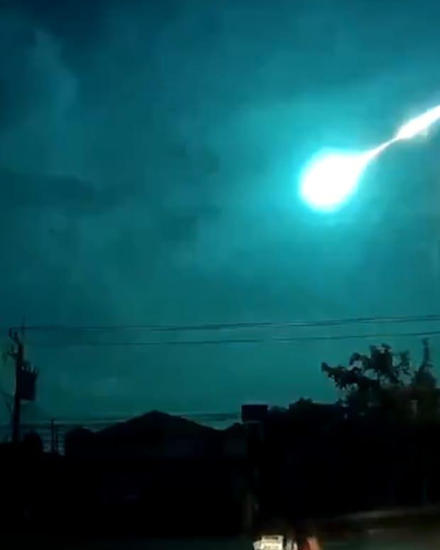 20160518_Meteor_THUMB_STILL.jpg