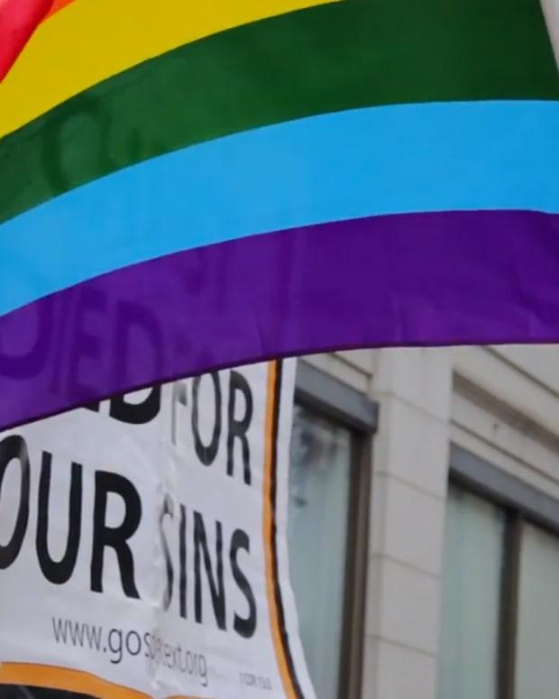 20170412_GayMarriage_Thumb_Site.jpg