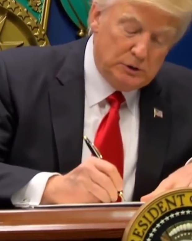 20170509_TrumpCourt_EC_Thumb_SITE.jpg