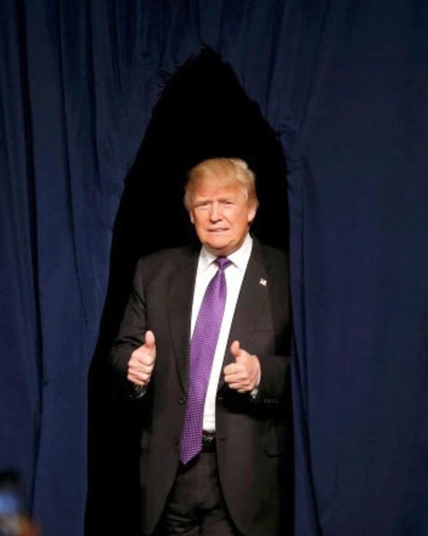 Poll: 8 In 10 Hispanics Oppose Trump Promo Image