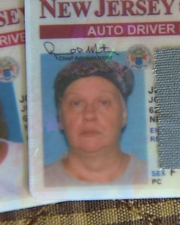 Joanne Jodry's old and new driver's license photos