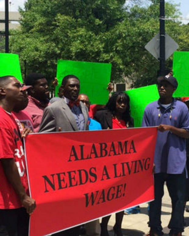 Birmingham, Alabama Votes For $10.10 Minimum Wage Promo Image