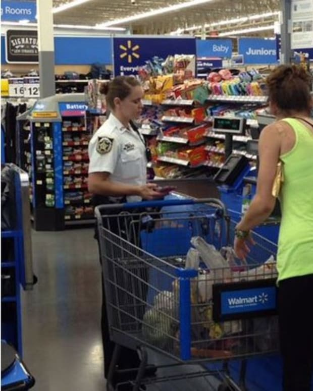 Deputies Buy Groceries.