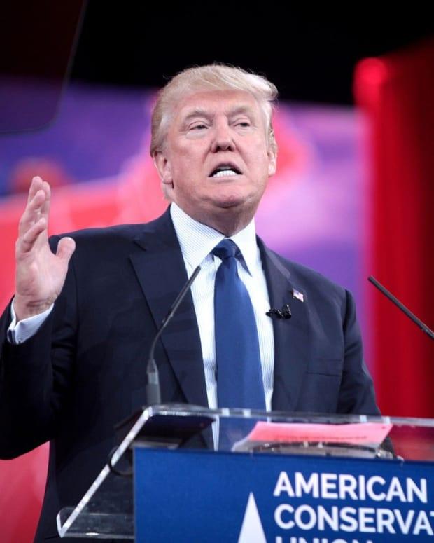 Trump Retweets Mussolini Quote Promo Image