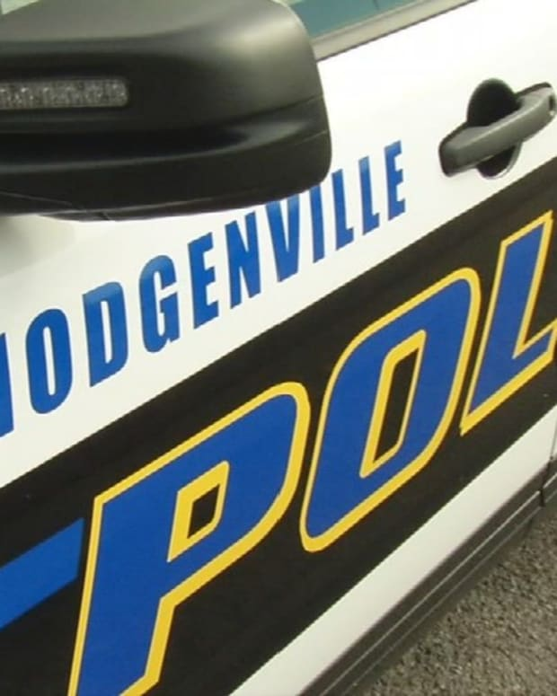 Hodgenville Police car